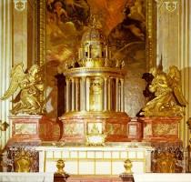 004-034秘蹟の礼拝堂の祭壇