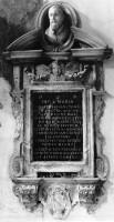 027-003ジョヴァンニ・バッティスタ・サントーニの記念碑