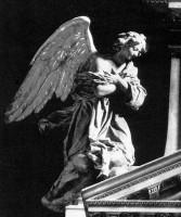 042-003ピオ礼拝堂の祭壇の天使