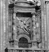 聖ヴェロニカの上部壁龕